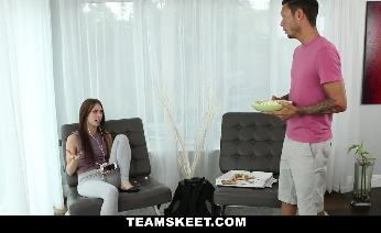 Anya Olsen Paying Rent With a Creampie