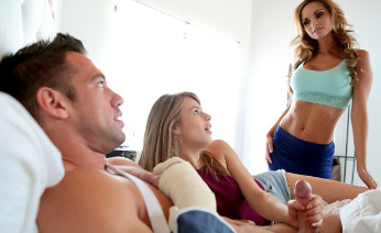 Ashley Sinclair and Jillian Janson in Threesome