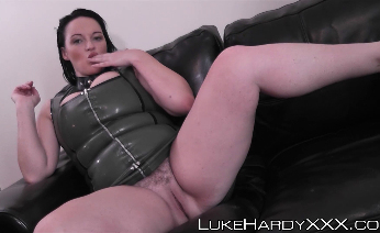 Curvy babe Devon taken on an anal ride